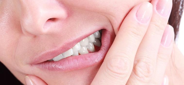 Sensibilità dentale: cause e rimedi